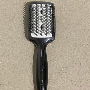 Conair hair straightening brush